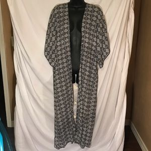 Charlotte Russe long duster with lace back Large